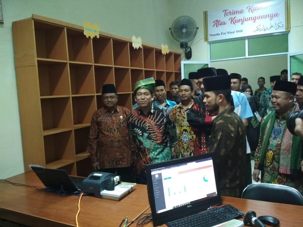 Prof. Dr. Phil. H. Muhammad Nur Kholis Setiawan, M.A. Kunjungi Perpustakaan STAIN Kepri