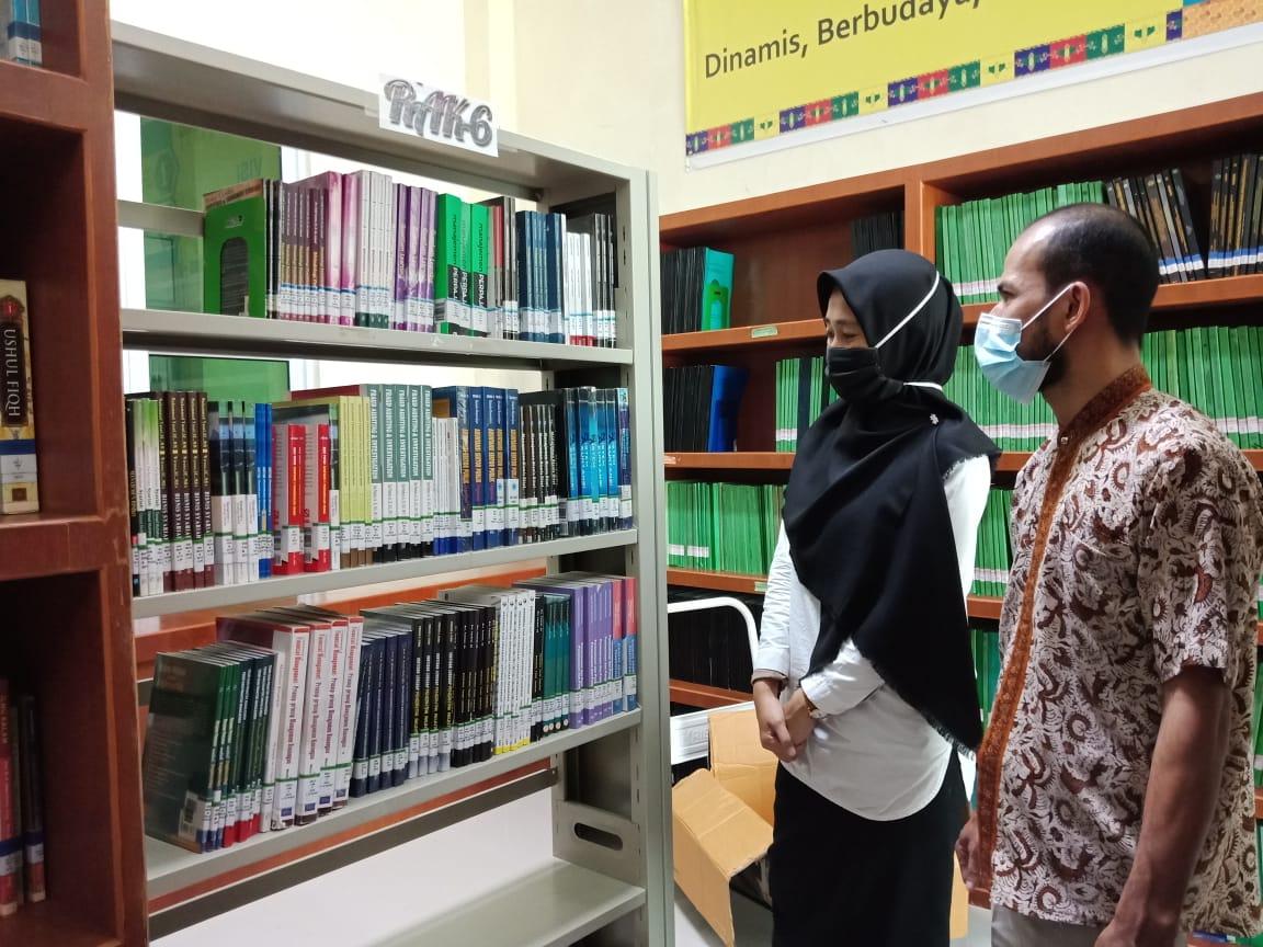 Koleksi Pinjam Pakai dari Perpustakaan UMRAH Siap di Layankan